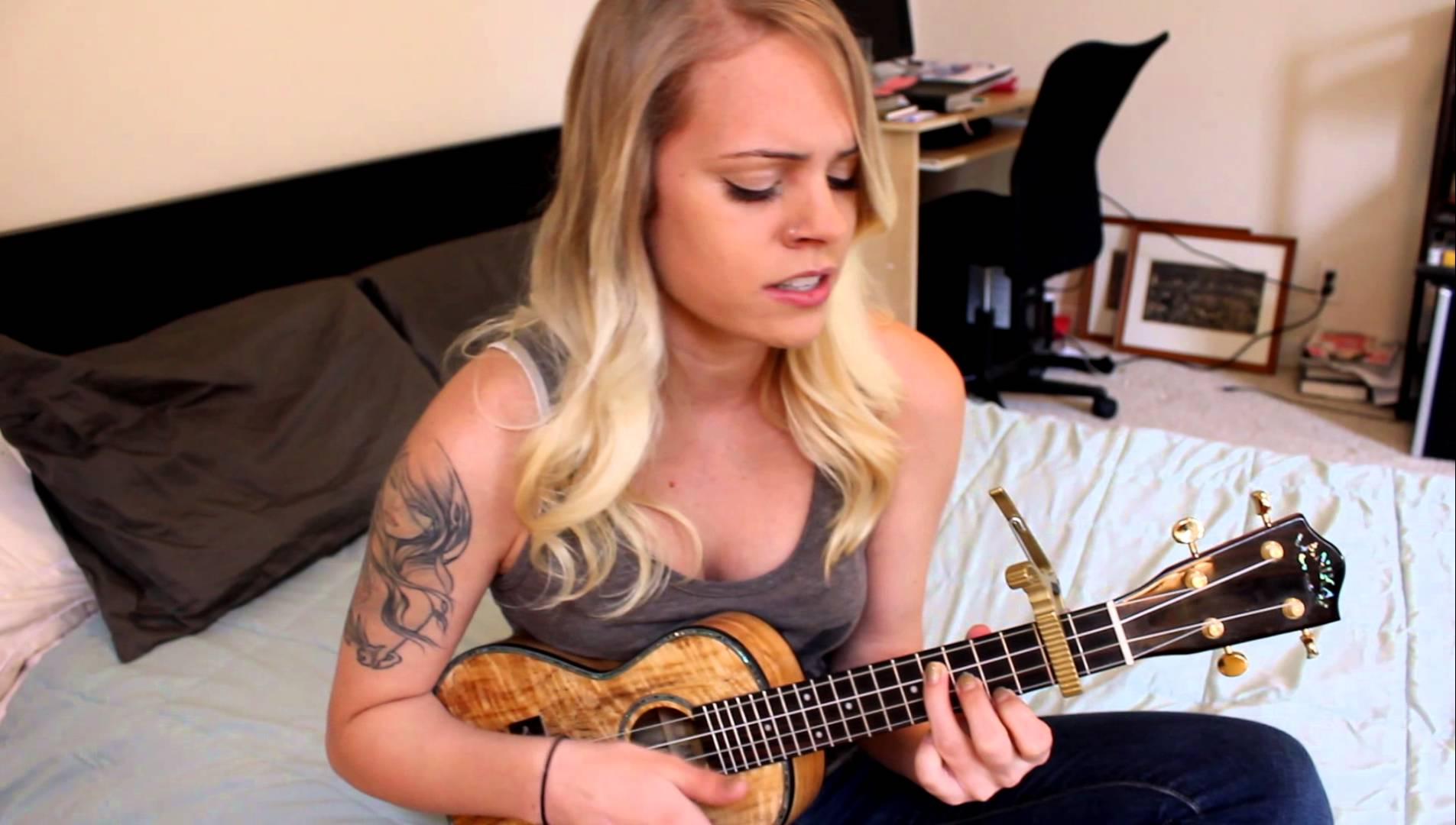 cant-help-falling-in-love-elvis-presley-ukulele-cover-by-stormy-amorette